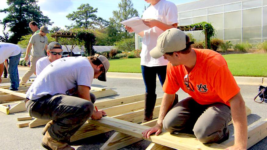 Students Work on Arbors in Landscape Construction class. Auburn University, AL