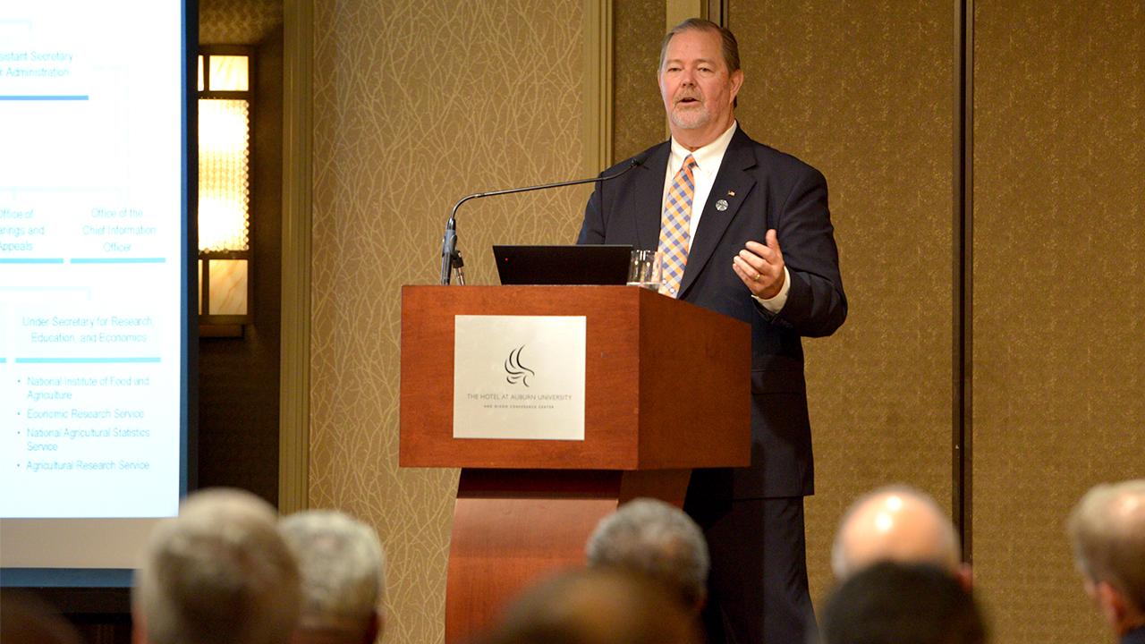 Scott Hutchins, USDA Deputy Undersecretary speaks at E.T. York Distinguished Lecturer Series, Auburn University, Alabama, USA
