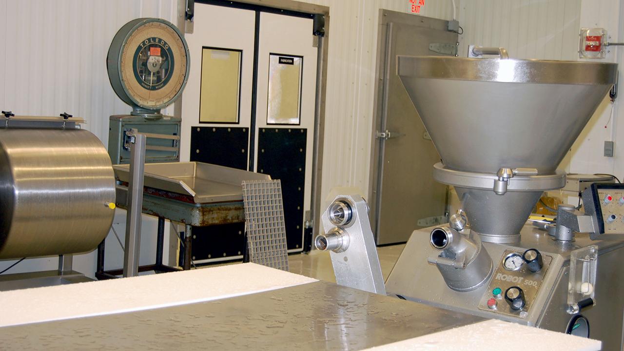 Auburn-Meats-Lab-ANSC-equipment