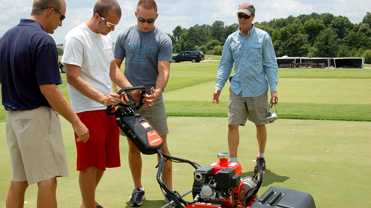 Turfgrass-Management-Major-Option-Degree-Class-of-Auburn-CSES-Students