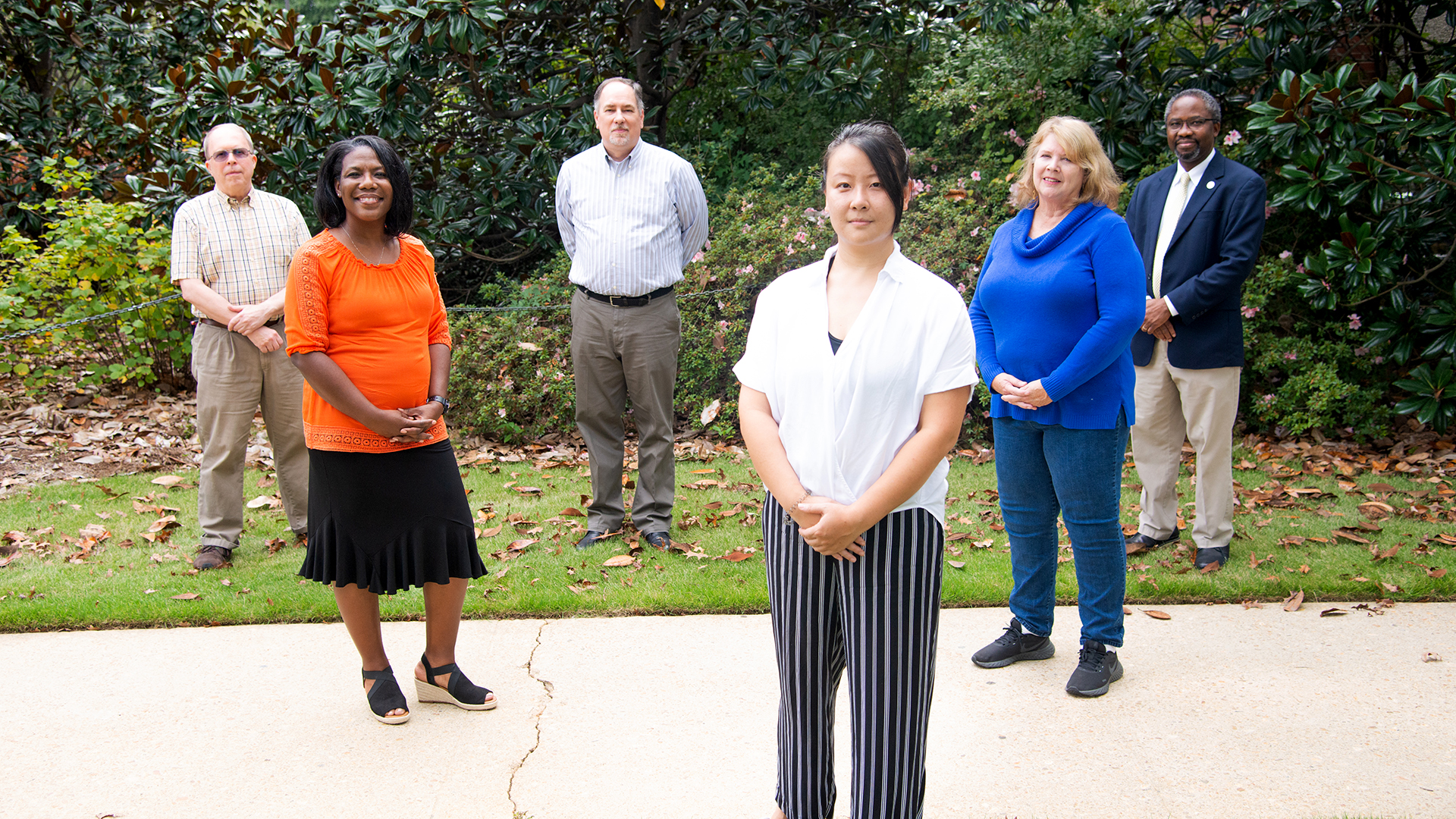 Auburn-University-College-of-Ag-Research-Office-Team-Members-Group-Photo-8018