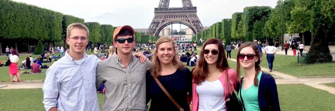 Auburn-COA-Eiffel-Tower-France-study-abroad-sm2