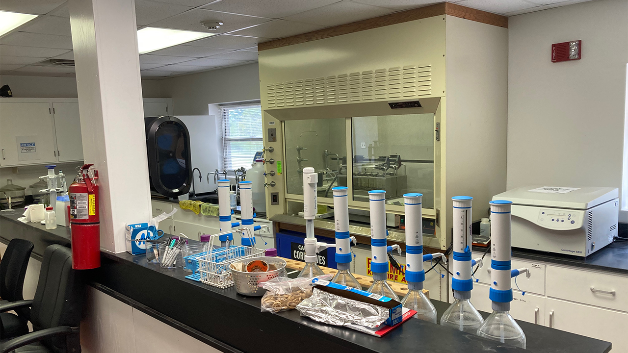 animal-waste-and-environmental-nutrient-management-laboratory