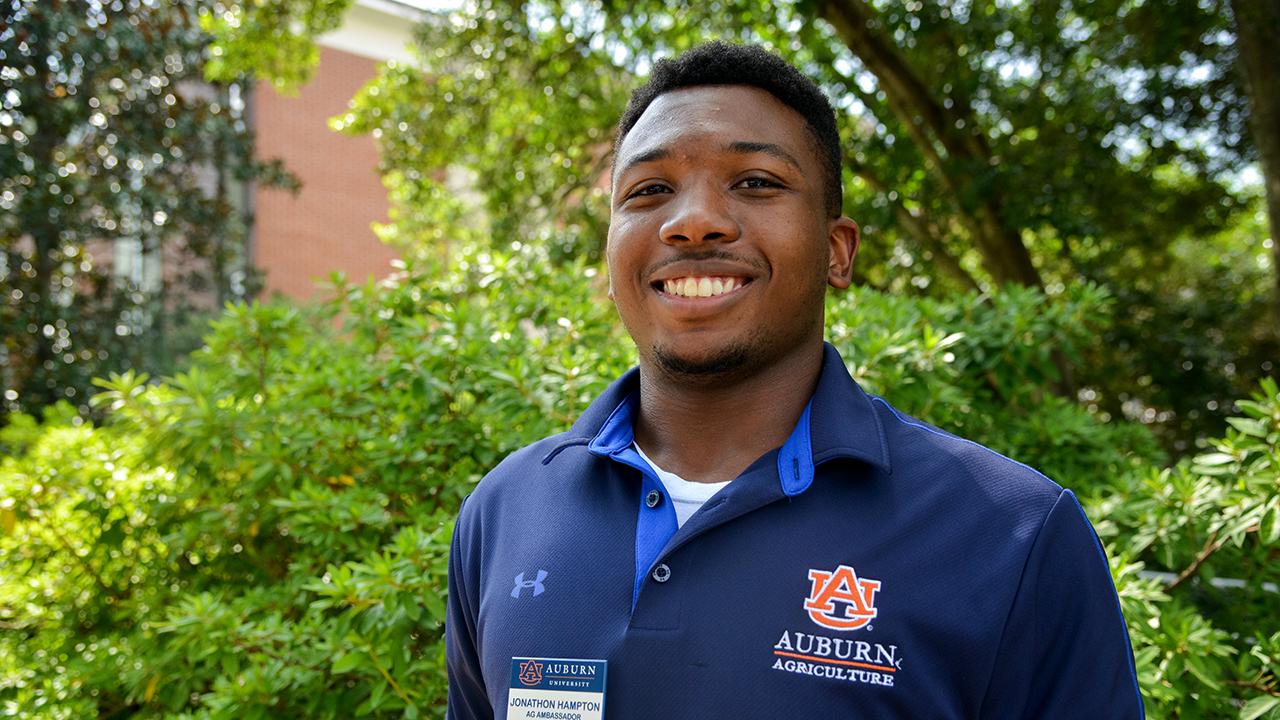 Johnathan Hampton, Treasurer, Auburn Ag Ambassadors, AL Student, 2021